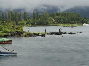 Pluja al llac
